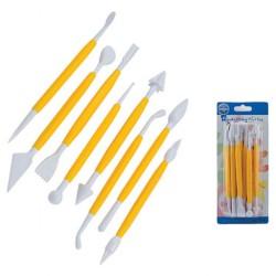 Set  8  utensili modella pasta
